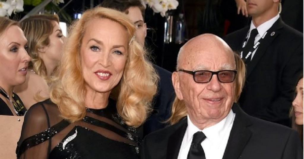 Rupert murdoch engaged to jerry hall